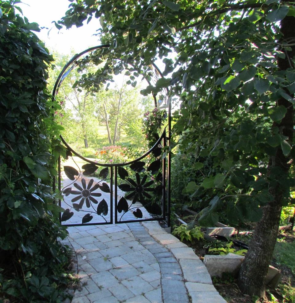 Garden gateway_1_claire voie_C Zacharias